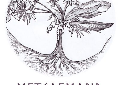 2019 METSAEMAND logo - must-valge, Kaia Otstak